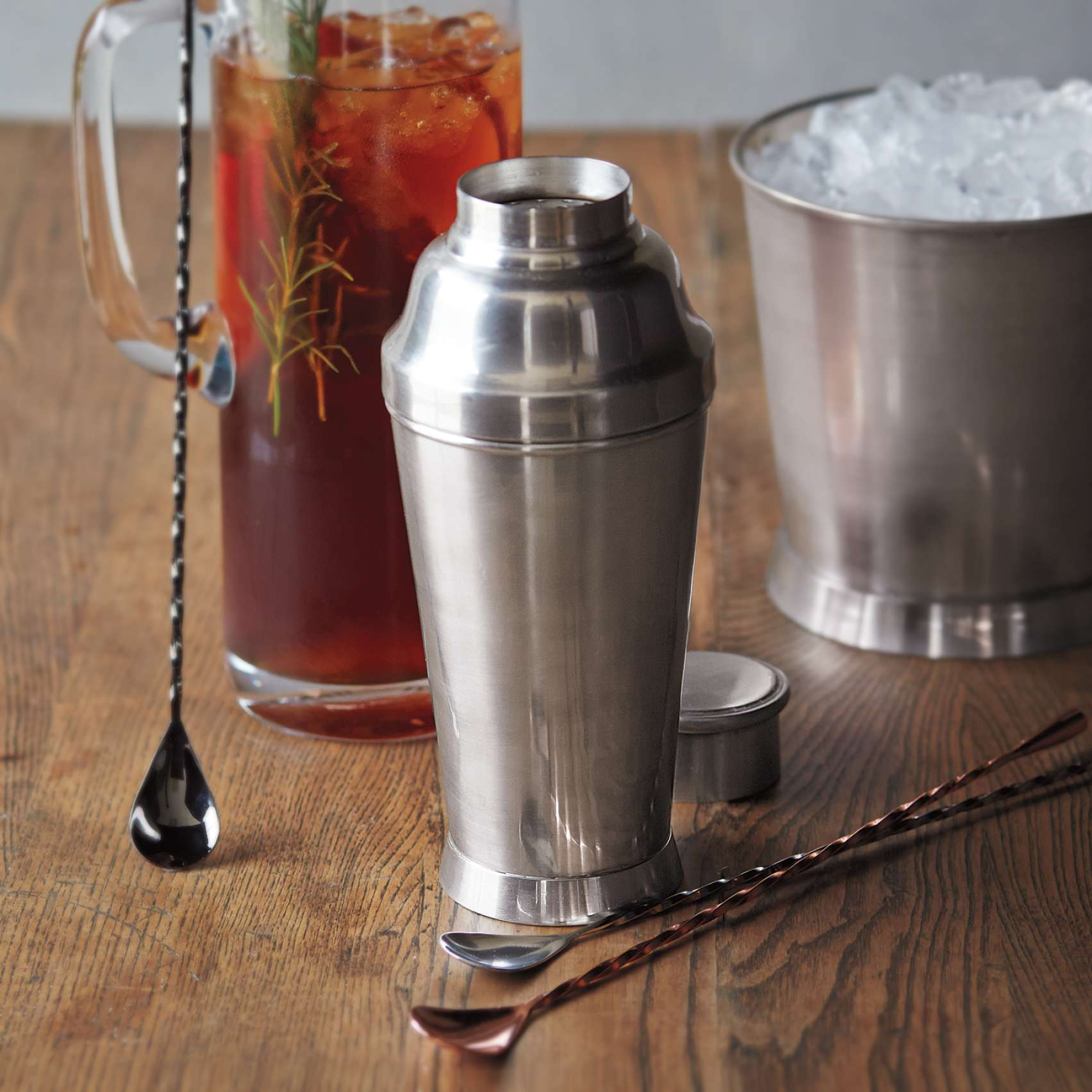 3 gifts dad really wants for father s day hellofresh us blog for Sur la table cocktail shaker